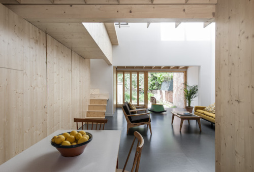 Low Energy MZ House by Calderon-Folch-Sarsanedas Architects