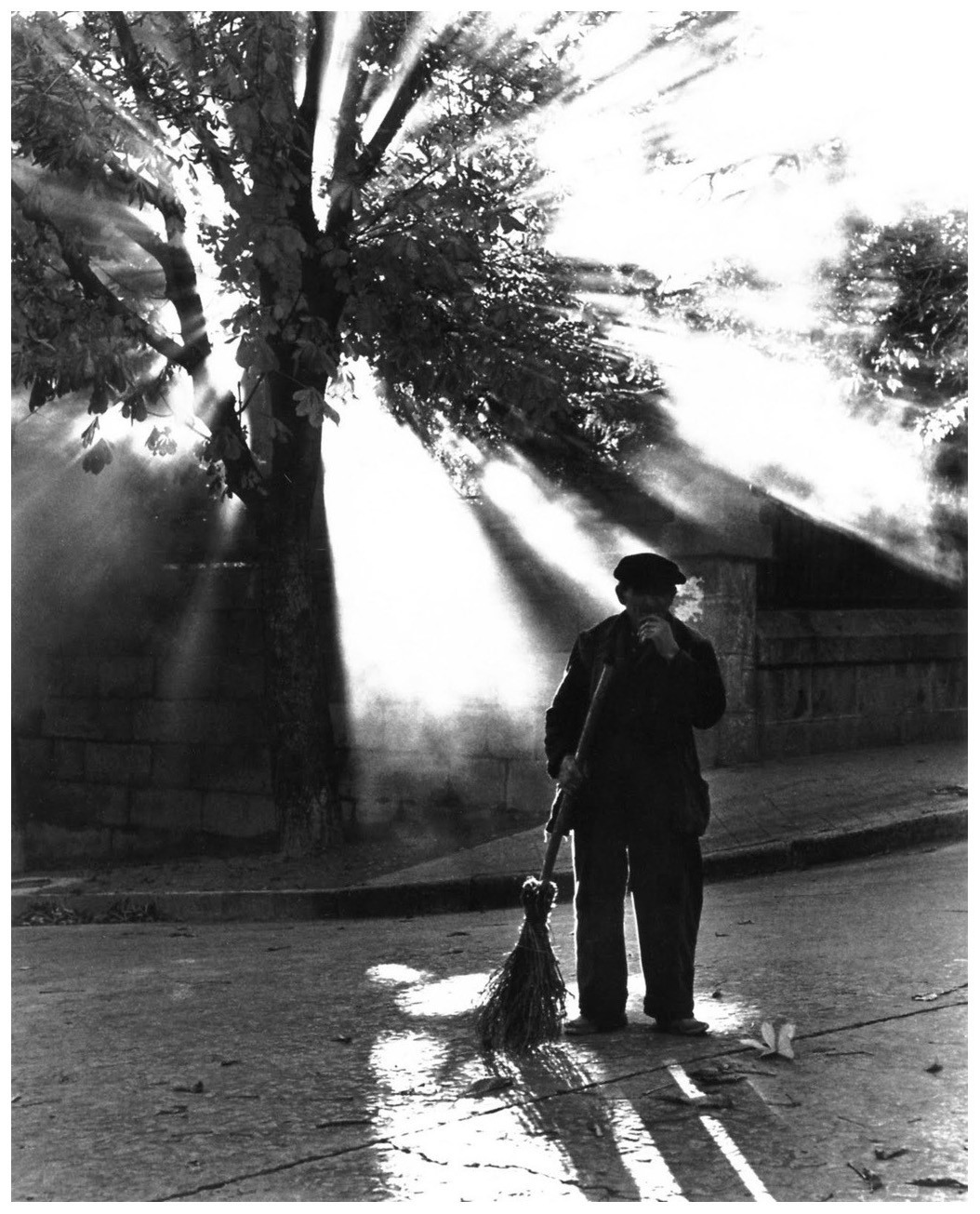 Street sweeper in Valencia, Spain (1966). Photo taken by Barry Goldwater