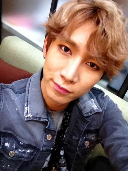 thecubeunited:  Photo: 120913 officialbtob Twitter Update(Eunkwang)