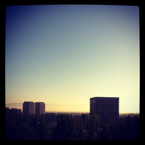 #Goodmorning #cali #fog #sky  (Taken with Instagram at Warner Center Marriott)