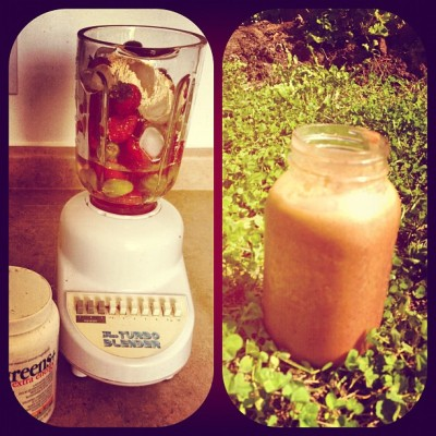 #smoothie time !!!! #berries #greens #protein #matcha  (Taken with Instagram at Secret Garden)