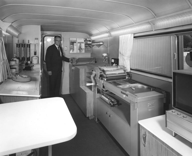 """Vandercook Mobile Technical Center"" (vanderblog)"