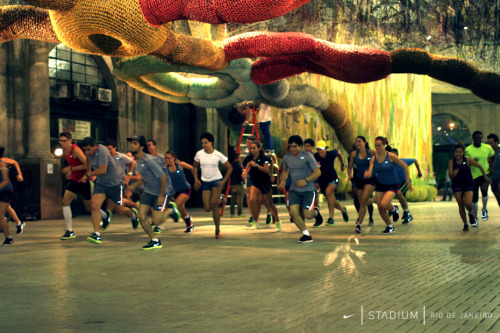 Nike Flyknit Collective Rio de Janeiro: Performance WorkshopEveryone in the Nike Flyknit collective group got a chance to experience Nike Flyknit technology for themselves when Run Dem Crew founder Charlie Dark led a run through the streets of Santo Cristo neighbourhood during Workshop 1 on Performance.
