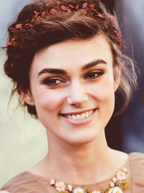 22/50 pictures of Keira Knightley