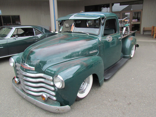 sic56:   1947 chevy pickup by bballchico on Flickr.