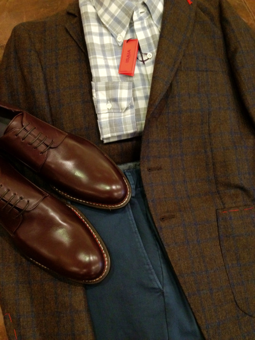 This tobacco brown sport coat and peacock-blue cotton pant from Isaia are my two new favorite colors together.