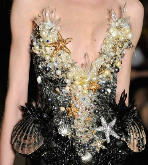 monsieur-j:  The Blonds S/S 2013 Runway Details  My jaw is somewhere in the deepest pits of Mordor right now, that is how far it dropped. Because this is awesome.