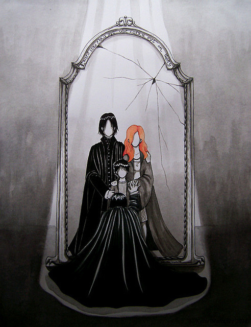 tophats-sequinsuits:  ohnomary:  Severus Snape and the mirror of Erised.