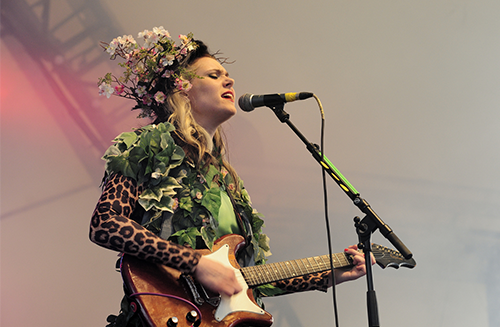 Kate performing at Bestival 2012  (by foto_plus)