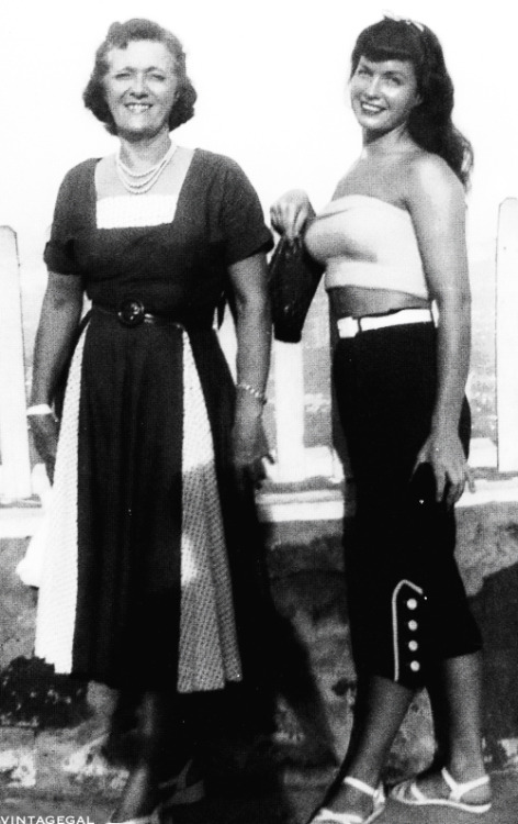 Bettie Page with her mom, Edna Page c. 1950's
