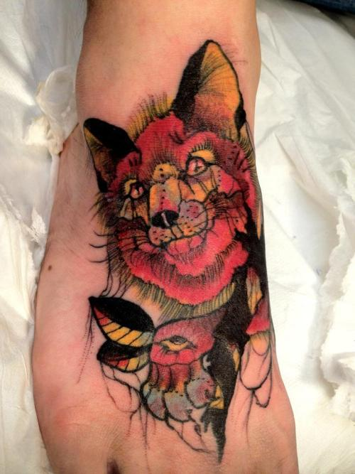 fuckyeahtattoos:  fox by dedo