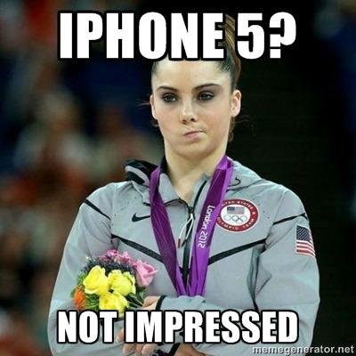 (vía iPhone 5? Not Impressed - McKayla Maroney Not Impressed | Meme Generator)
