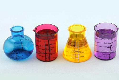 Chemistry shot glass set – the best thing since the literary shot glass set.