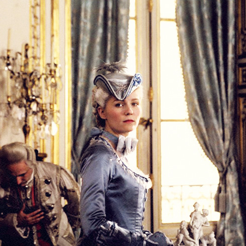 25/50 Images of Marie Antoinette, portrayed by Kirsten Dunst
