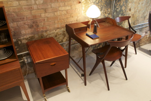 Danish Teak Desk | Architect Svend Madsen Source: circamodern.com