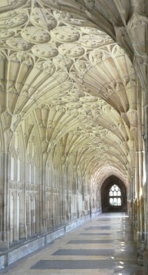 randombeautysls:  Gloucester Cathedral, UK.