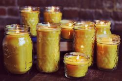 truebluemeandyou:  DIY Easy Beeswax Candle Tutorial from A Beautiful Mess here. Another good gift you could do assembly line style like the DIY Freeze Ahead Natural Room Scent Jars with Printable Tags I posted here. *For more how to make candle tutorials and DIY candle holders go here: truebluemeandyou.tumblr.com/tagged/candles