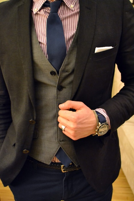 ifeelarush:  A guy with good style »