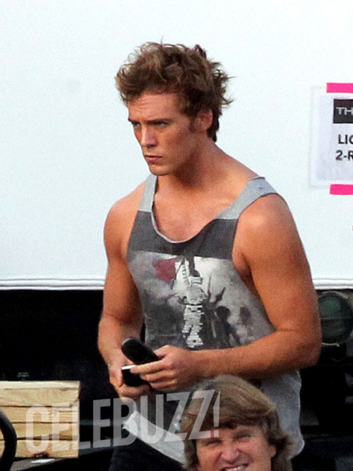 #CatchingFire – Ecco Sam Claflin sul set del sequel di #HungerGames (via Catching Fire – Ecco Sam Claflin sul set del sequel di Hunger Games | Il blog di ScreenWeek.it)
