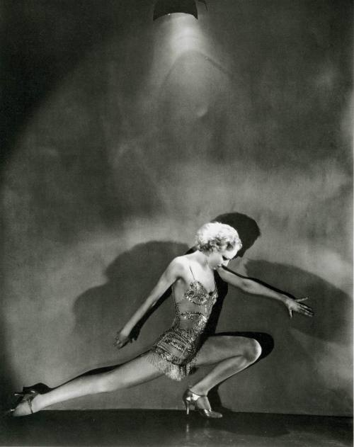 Photo by George Hoyningen-Huene, 1931.