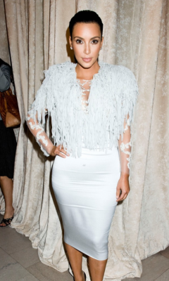 NEW YORK FASHION WEEK - KIM KARDASHIAN (LOUISE GOLDIN SHOW)It is one of the most anticipated weeks in the fashion world; and the Mercedes Benz Fashion Week in New York has not failed to impress in the fashion stakes with the most gorgeous frocks and threads on display.We are talking unmissable style icons adorned in sophisticated, elegant and edgy designs from our celebrated, talented designers.Here are the hottest shots straight from New York for YOUR viewing pleasure!Image Source: Just Jared