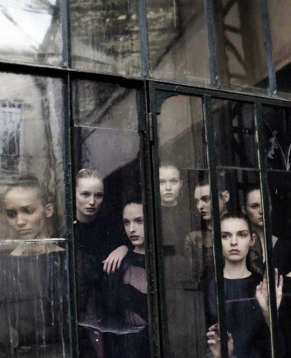 beedonaldson:  Valentino Haute Couture by Deborah Turbeville for Vogue Italia September 2012