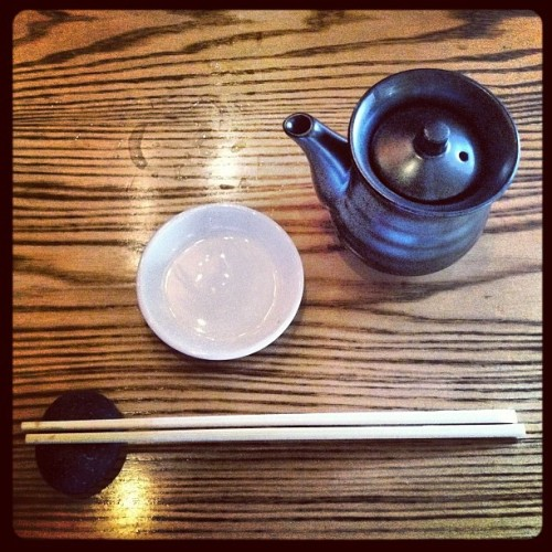 #sushi #nobu #teapot #chopsticks #nyc #newyorkcity  #iphoneography  (Taken with Instagram at Nobu)