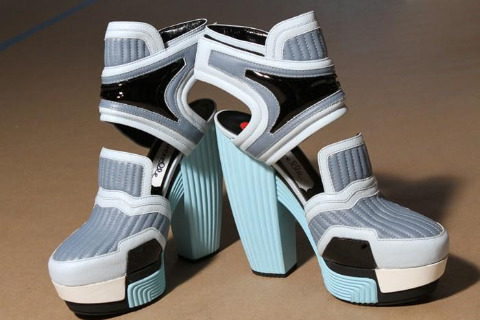 L💙VE these pastel RODARTE ss 13 shoes! Image via Dazed and Confused Magazine
