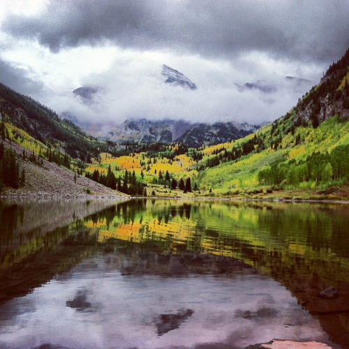aspensnowmass:  There it is, the first snow of the season. All the way up there in the clouds on North Maroon Peak. Only 68 days until we start spinning lifts.  -Dave