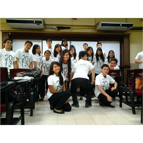 09.10.2012 #5AR-2 #2013 #class #shirt :D #thesis #2012 #sirmercado #setB #monday #blackandwhite #statement #grouppic #photoblog #memories #college #buhayarki #Arkitektwo #karen;) #mandy #blockmates #ija #niel #gerrie #earl #benj #ivan #monmon #justine #danica #chi #claudine #april #marcelo #pia #christian #kao #jules #brito #bernard #friends #classroom #beato #;) (Taken with Instagram)