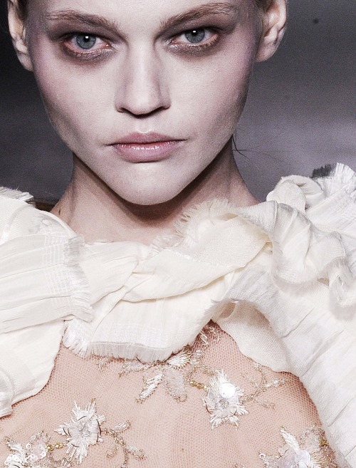 sasha pivovarova at rodarte autumn/winter 2010-2011