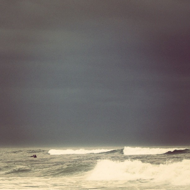 seas beneath dark skies (last glimpses of a week in montauk). the beach is so cold in winter here. you are losing your memory now. #latergram (Taken with Instagram)