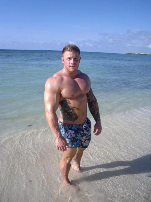 buffbeefybear:  Tattoo