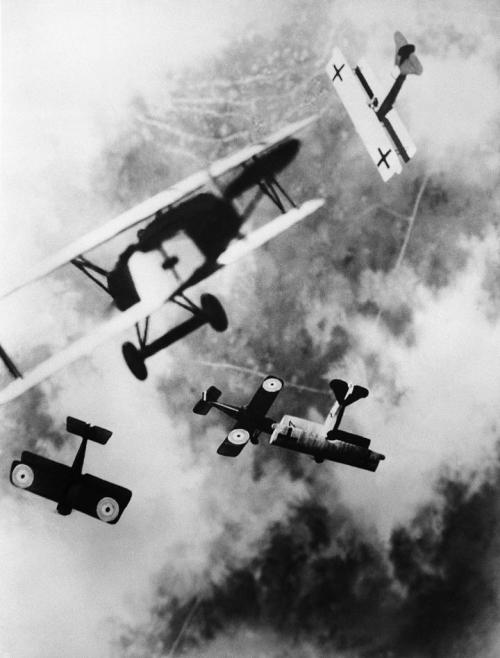 Dogfight over the Western Front, WWI. Bettmann Collection