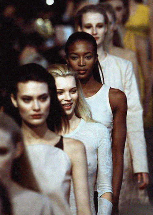 Shalom, Kate, Naomi & Esther - Helmut Lang Fall/Winter 96.97 (Runway)