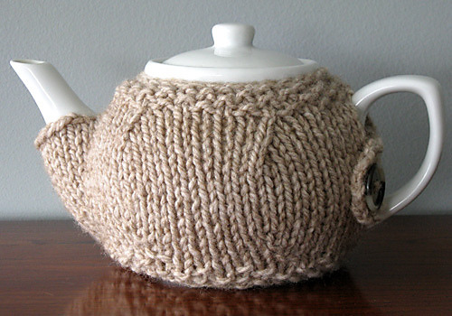 She's Crafty and Drinks Tea (via Autostraddle) DIY tea cozies!