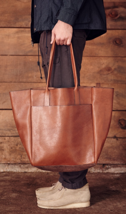 Club Monaco F/W 2012 via ACL..Leather tote and Wallys. You can't lose..