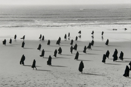 Shirin Neshat, Untitled (Rapture), 1999