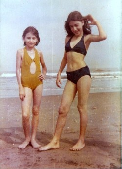 themixedtape-cm:  My mother (right) and sister at the beach, 1976.