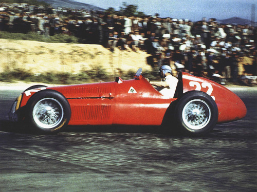 gearheadsandmonkeywrenches:  1951 Spanish GP - Fangio at the wheel of the Alfa 159 Alfetta  Forever reblog Fangio