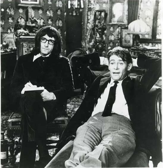 "Uncredited Photographer     Peter Sellers and Peter O'Toole in ""What's New Pussycat""     1965  ""There is no me. I do not exist. There used to be a me but I had it surgically removed."" Peter Sellers   ""I can't stand light. I hate weather. My idea of heaven is moving from one smoke-filled room to another."" Peter O'Toole"