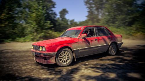 318 BMW Slammed