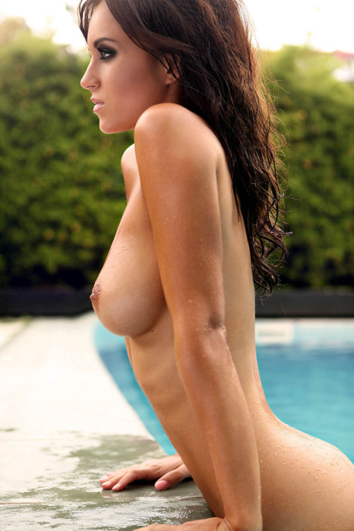 i-really-love-women:  Rosie Jones