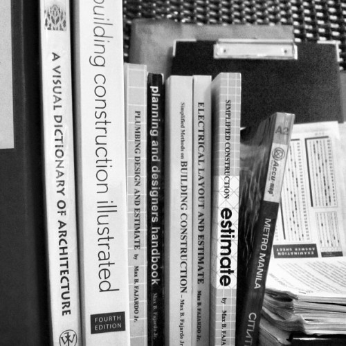 Road to success #books #references #serious #reading #study #treasure #blessing #instagood #instamood #instagram #architecture #architect  (Taken with Instagram)