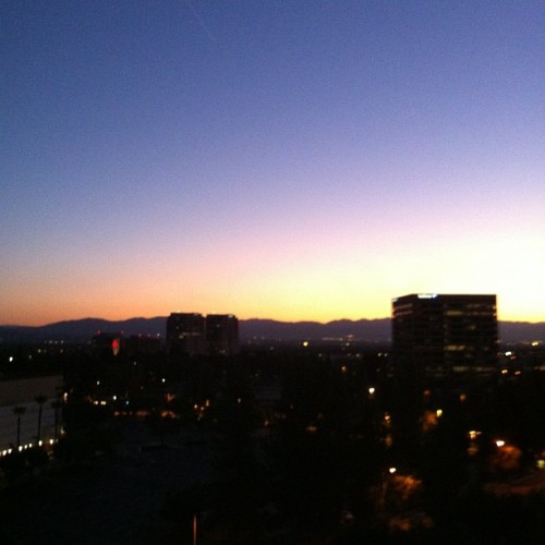 Good #morning #LA. #sunrise #sky #cali  (Taken with Instagram at Warner Center Marriott)