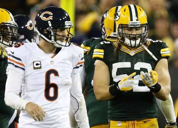 thescore:  Here is Clay Matthews counting his sacks as Jay Cutler looks on.