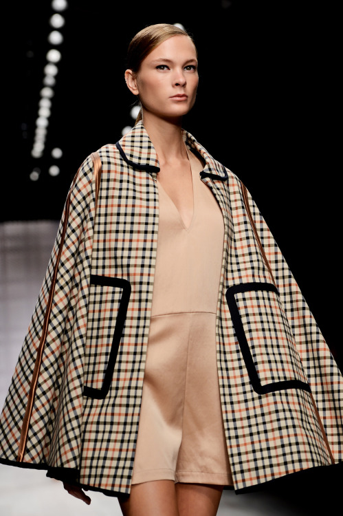 ofthemomentblog:  Tweed cape at classic English brand Daks. Source: gettyimages.com