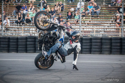 Julien Welsch (all the way from France!) touches down in a one handed wheelie at XDL Stunt Championship Finals 2012. Photograph by your truly (and copyrighted as such!) 41 photos from XDL Day 2 on Facebook