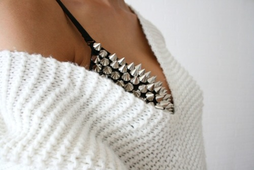 theskeletonofme:  (via Connectedtofashion | creatorsofdesire.com)