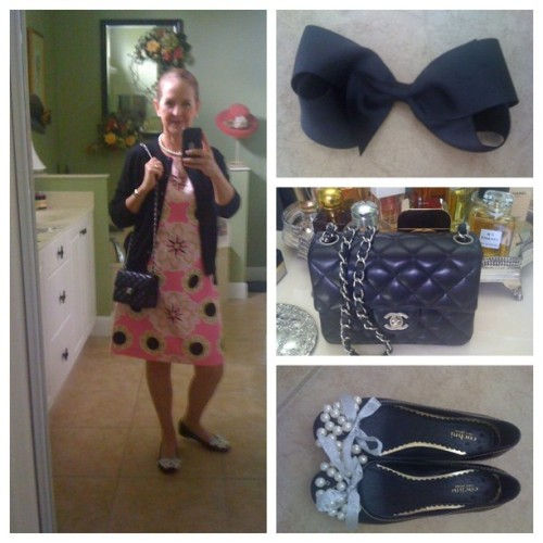 OOTD:  #LillyPulitzer #charmedimsure #chanel255 #cochniflats #bowmania #pearls #cardiseason #whatiwore #Saturday #transitionwardrobe  (Taken with Instagram)
